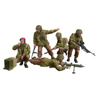 Bronco CB35131 1/35 WWII British Paratroops In Combat Set B Plastic Model Kit - BRO-CB35131